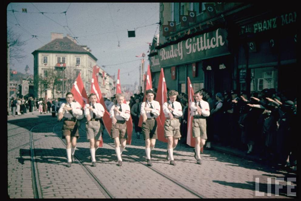 German youth during nazi domination, sexy erotic girl models